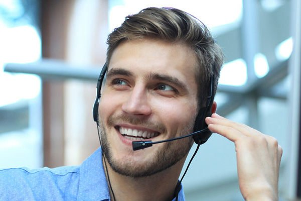 Updated contact center technology can reduce costs, increase revenue, and improve agent efficiency.